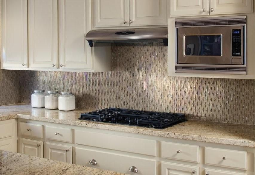 Kitchen Glass Tile Backsplash DesignsFamily Room Kitchen and
