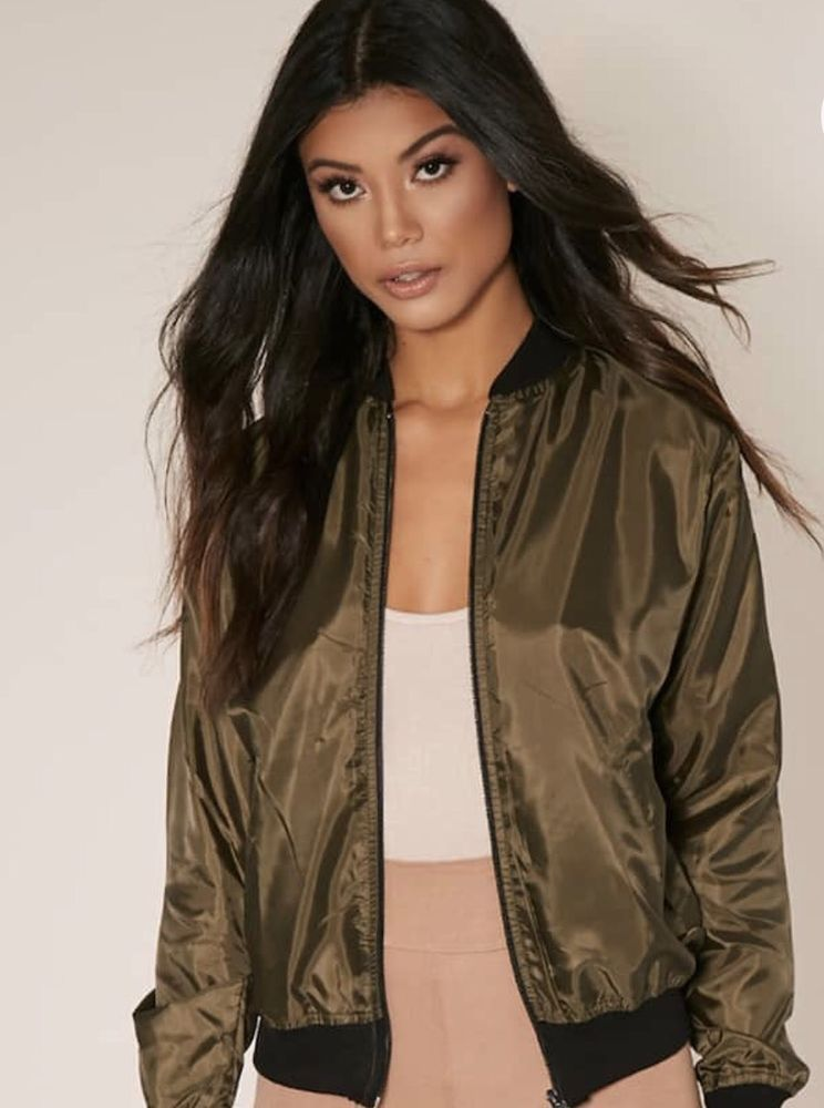 Pretty Little Thing Khaki Bomber Jacket Coat Women s Size 8 Small Winter  Blazer  0253b9d92