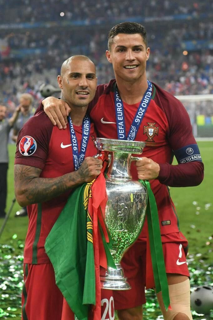 Cristiano Y Quaresma Sport 2 Pinterest Soccer Players