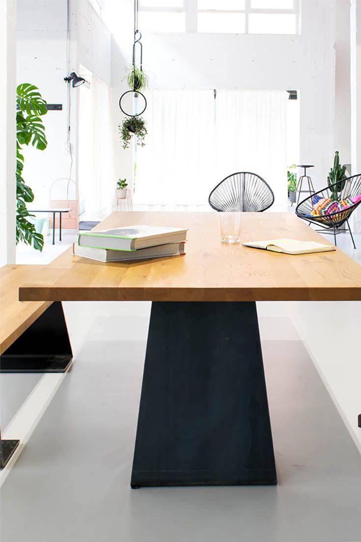 Zsteel ein ausdrucksstarker Eiche Massivholztisch mit