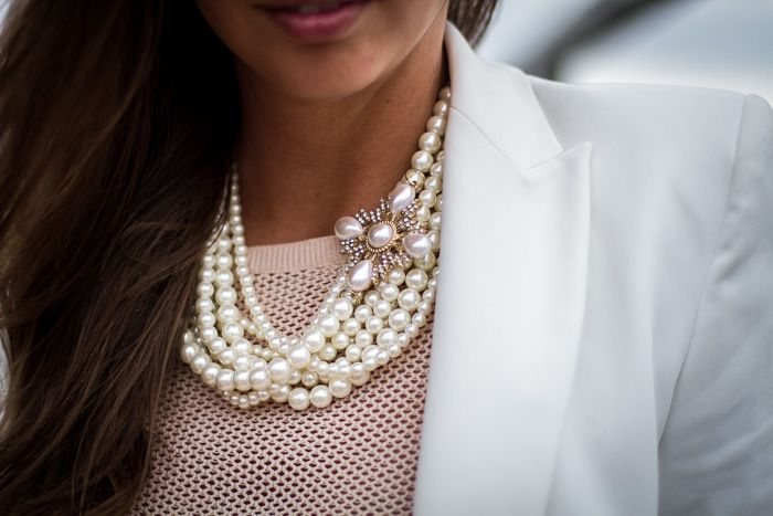 pearls white beige strictly style blog statement necklace