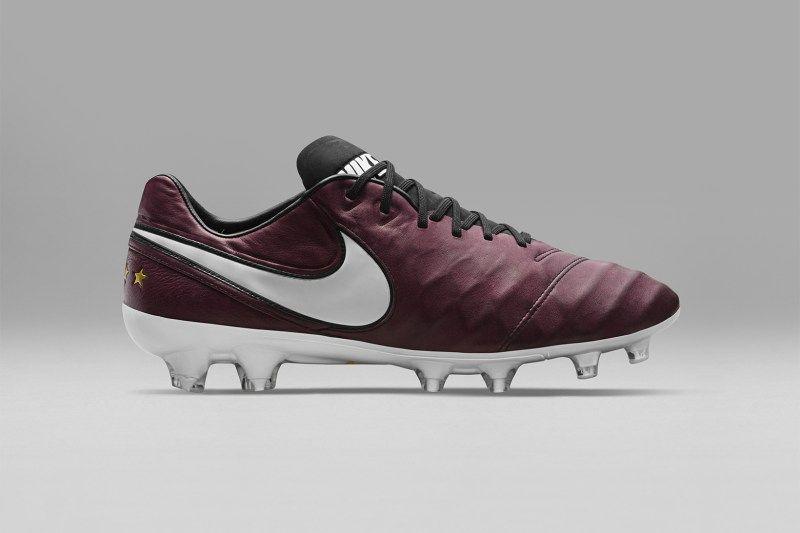 low priced 943dd 5375c Italian Legend Andrea Pirlo Gets His Own Nike Tiempo ...