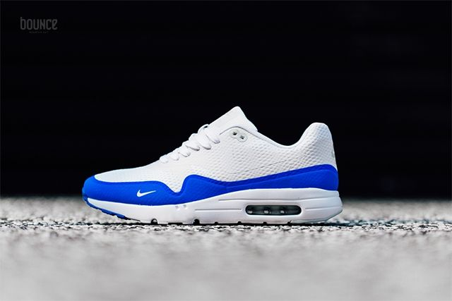 Basket Nike Air Max 1 Ultra Essential Mini Swoosh White Racer Blue ... ea2cd1521