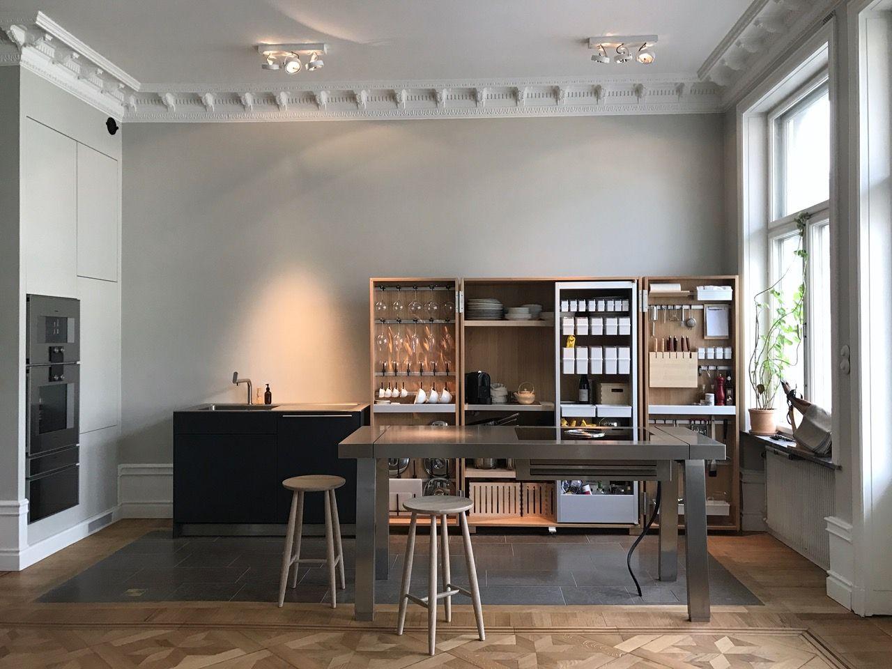 Bulthaup B2 Kitchen In Stockholm Kuchendesign Versteckte Kuche Architektur Und Wohnen