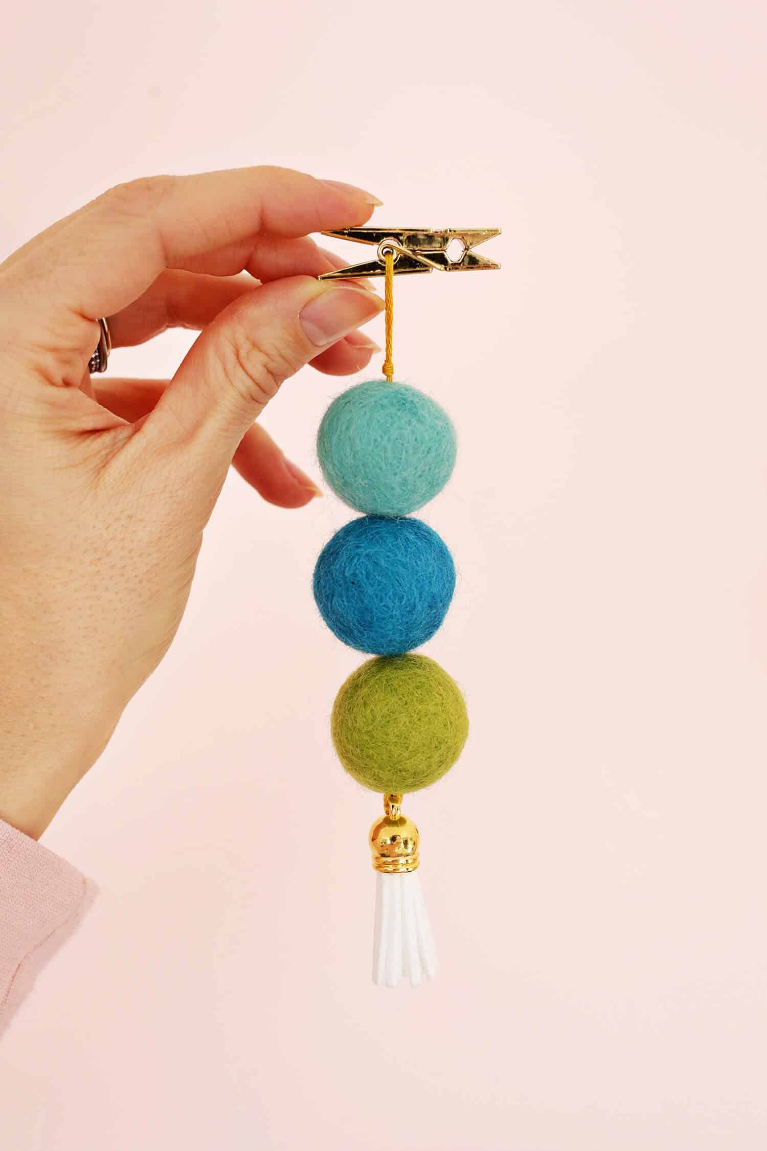 Easy Wool Ball Diffuser For Your Car  A Beautiful