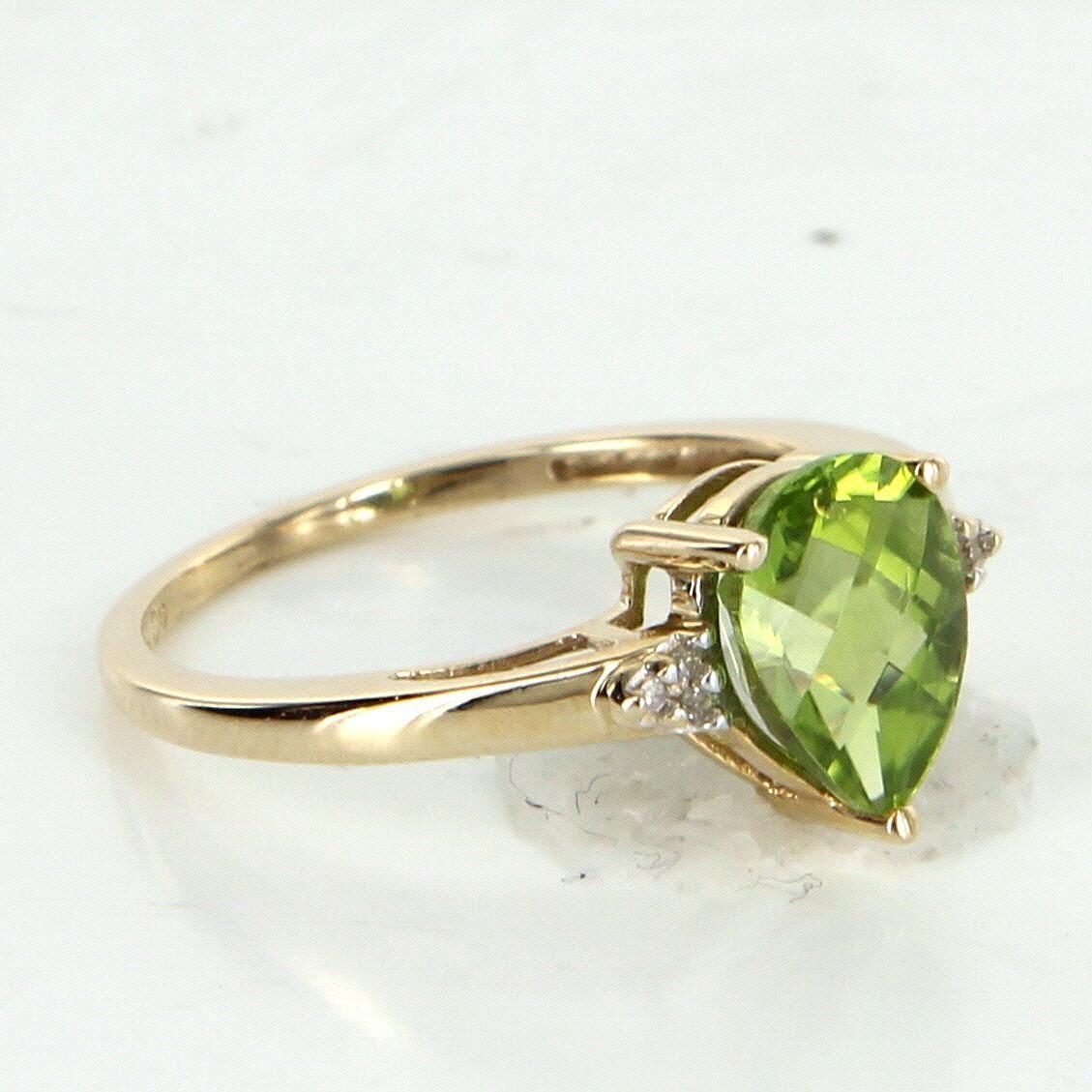 Peridot Diamond Stacking Ring Vintage 10 Karat Yellow Gold Estate Fine Jewelry 7 Vintage Rings Diamond Stacking Rings Jewelry