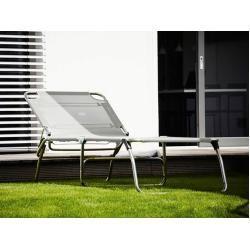Photo of Jan Kurtz furniture aluminum couch Amigo Big white, designer Francesco Favagrossa, 40×75 cm Jan Kurtz