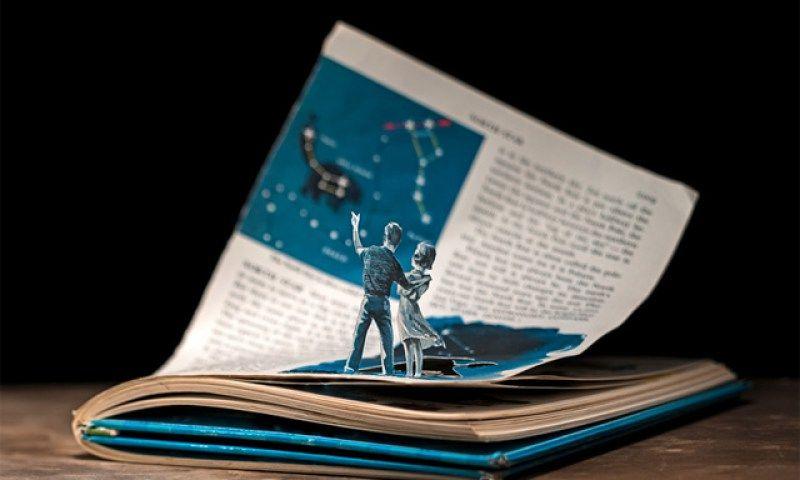 Illustrations en livres découpés