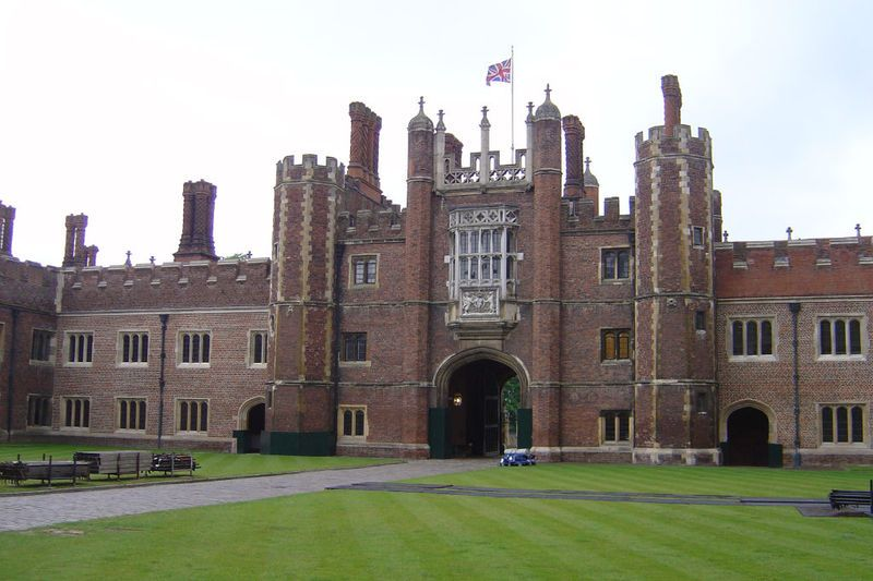 Hampton Court Palace.  Where King Henry VIII lived with each of his wives, I will stay here when I finally get to go!