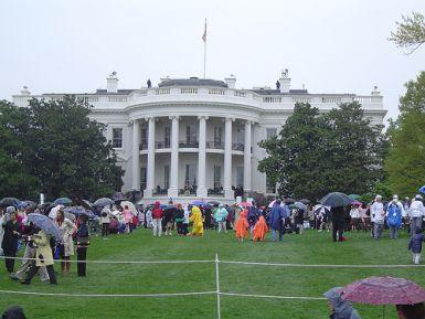 White House Easter Egg Roll Now Selling Tickets Online White House Easter Egg House Yard Easter Egg Hunt