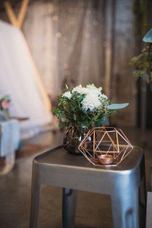 geometric candle holder http://weddingwonderland.it/2015/11/the-love-affair-matrimonio-geometrico.html