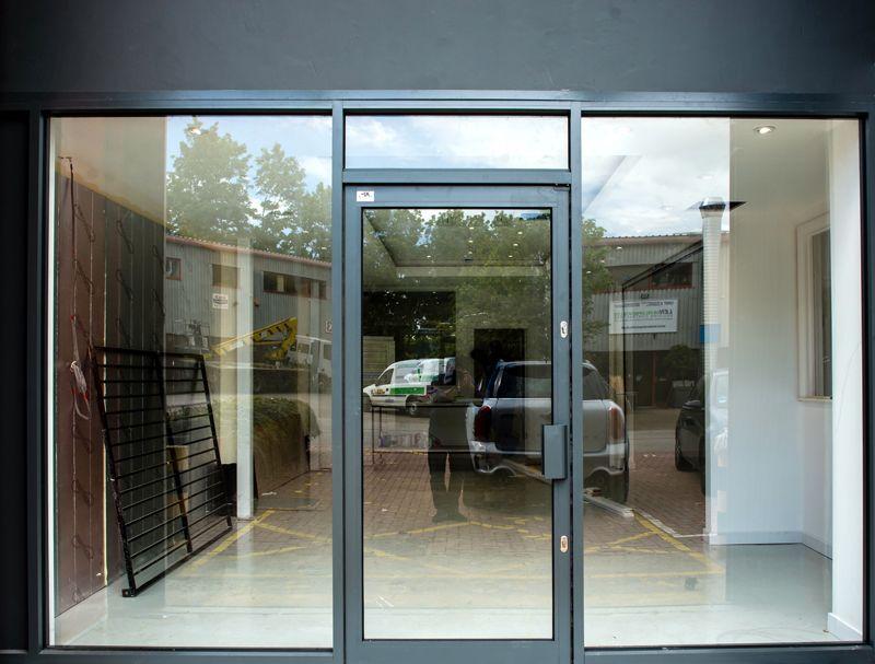 Aluminium Shopfronts Uk Storefront Glass Aluminium Windows And Doors Windows And Doors