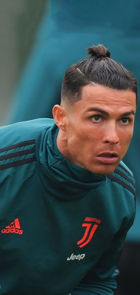 Pin By Q On Cr7 In 2020 Cristiano Ronaldo Hairstyle Cristiano Ronaldo Celebration Cristiano Ronaldo Juventus