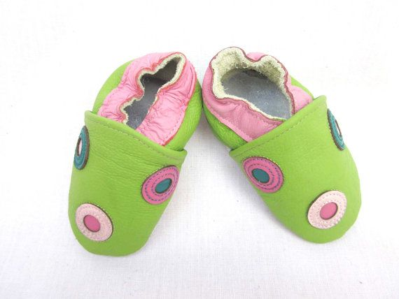 Preppy lime green and pink baby shoes features by BabyFeatherings