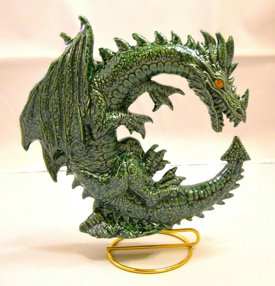 green dragon golden eyes