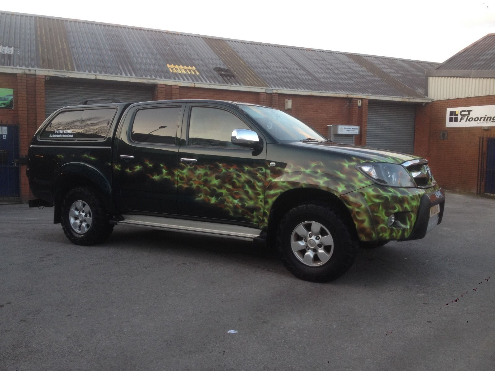 Toyota hilux invincible with custom airbrush