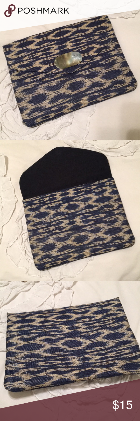 Lucky Brand pouch closure Navy and off white