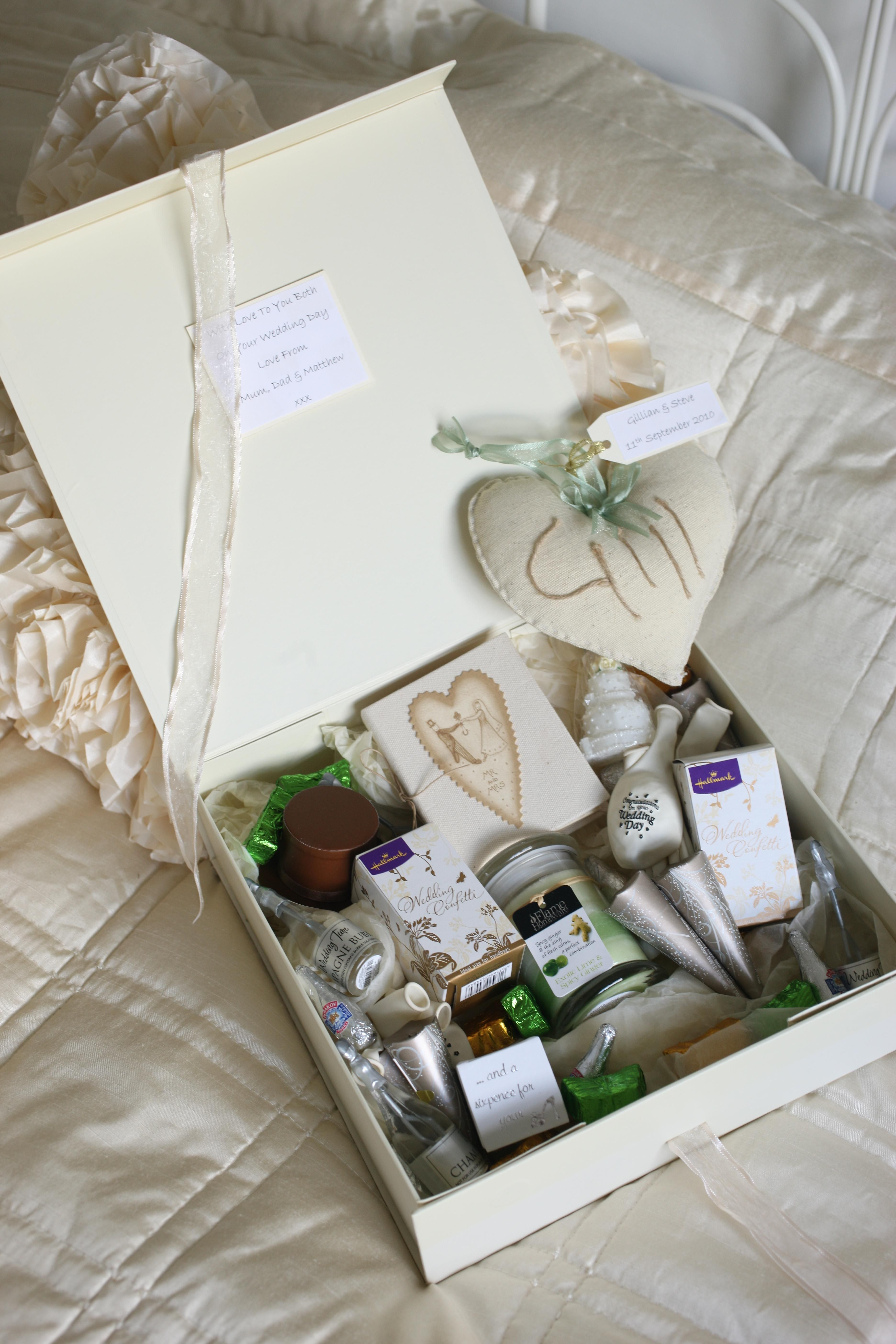 Pre-wedding Gifts, relaxing candles, good luck charms and keepsakes ...