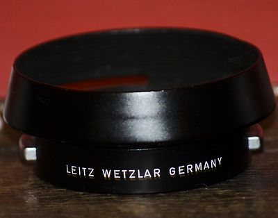 Leitz 12585 lens hood with plastic front cap