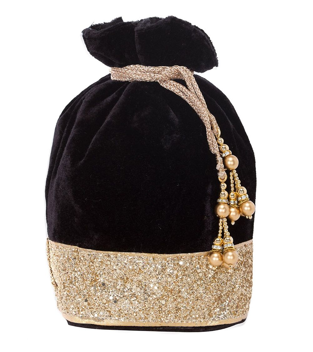 Black Velvet Embellished Bag #indianroots #accessories #bag #poltibag #velvet #embellished #occasionwear #eveningwear