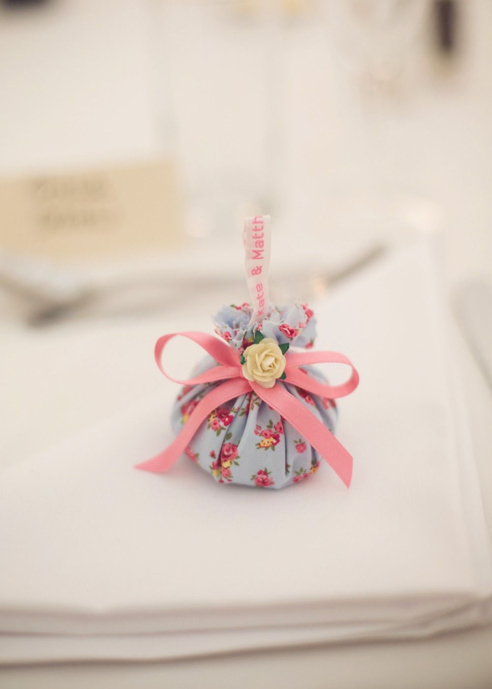 A Country Vintage Wedding At Home Wedding Favours Pinterest