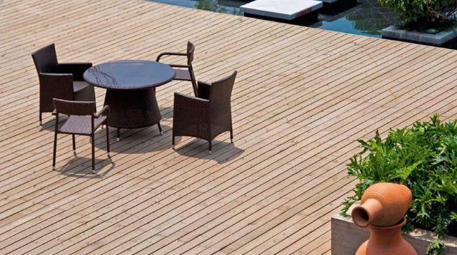 Terrasse en bois naturel ou bois composite : ce quil faut savoir