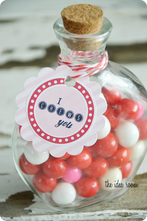 Valentines Day Gift I Chews You Free Printable Gift Tags Via Amy Huntley The Idea Room