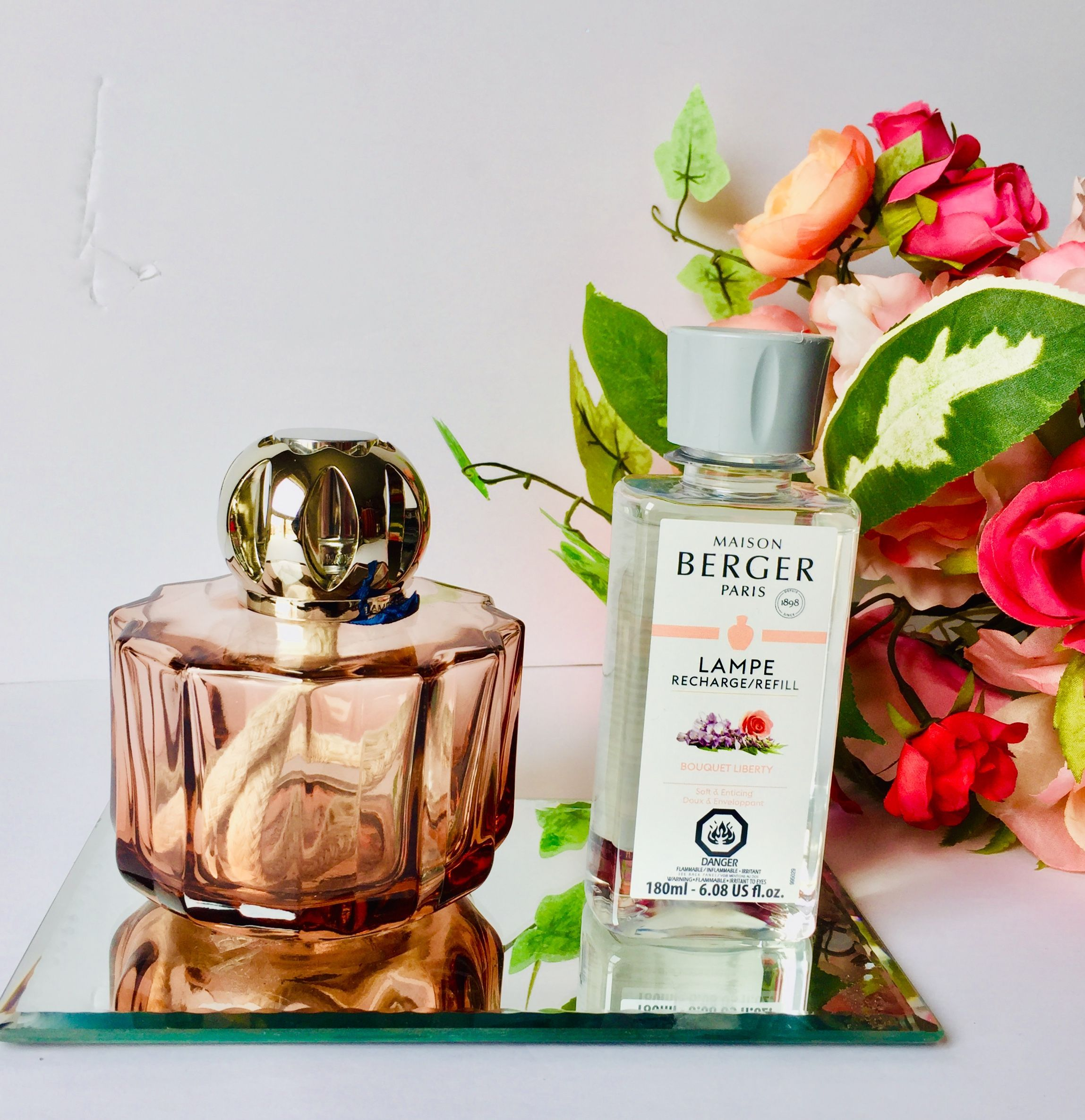 The Famous Lampe Berger Catalytic Burner System Releases A Premium Home Fragrance While It Destroys Odours Left Unforgettable Gift Home Fragrance Reed Diffuser