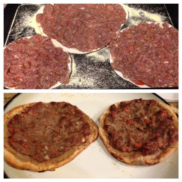 Lahme bi ajeen flat meat pie recipe at dedemed lahme bi ajeen flat meat pie recipe at dedemed mediterranean forumfinder Images