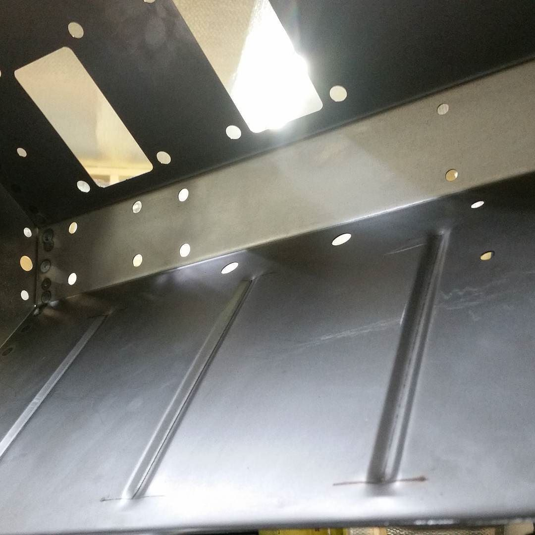 Holes! Land rover footwell #landrover #landroverseries #landroverdefender #landy #defender #metalwork #fabrication #welding #sheetmetal by r.o.engineering Holes! Land rover footwell #landrover #landroverseries #landroverdefender #landy #defender #metalwork #fabrication #welding #sheetmetal