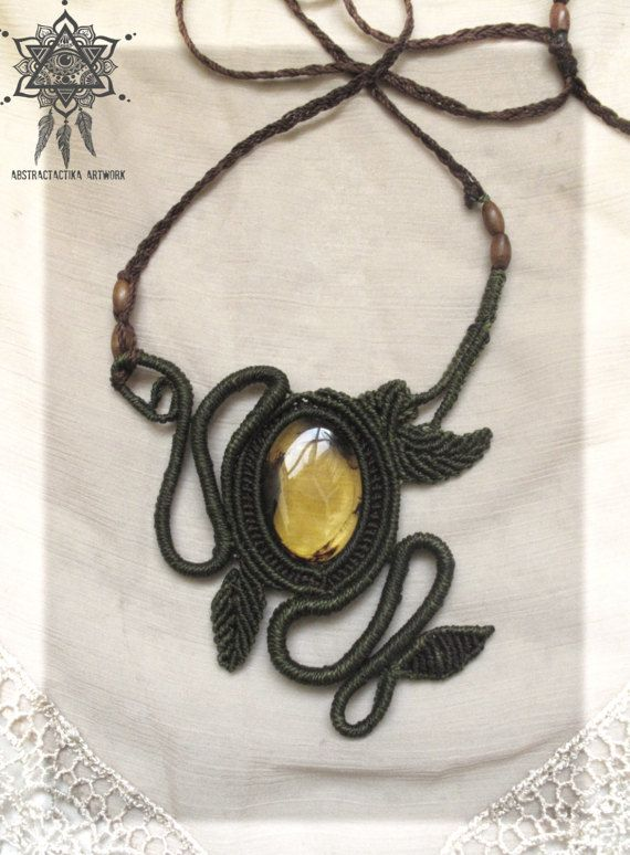 Handmade macrame necklace with shinny amber from Mexico it has adjustable chain. If you have any doubt please contact me. :)