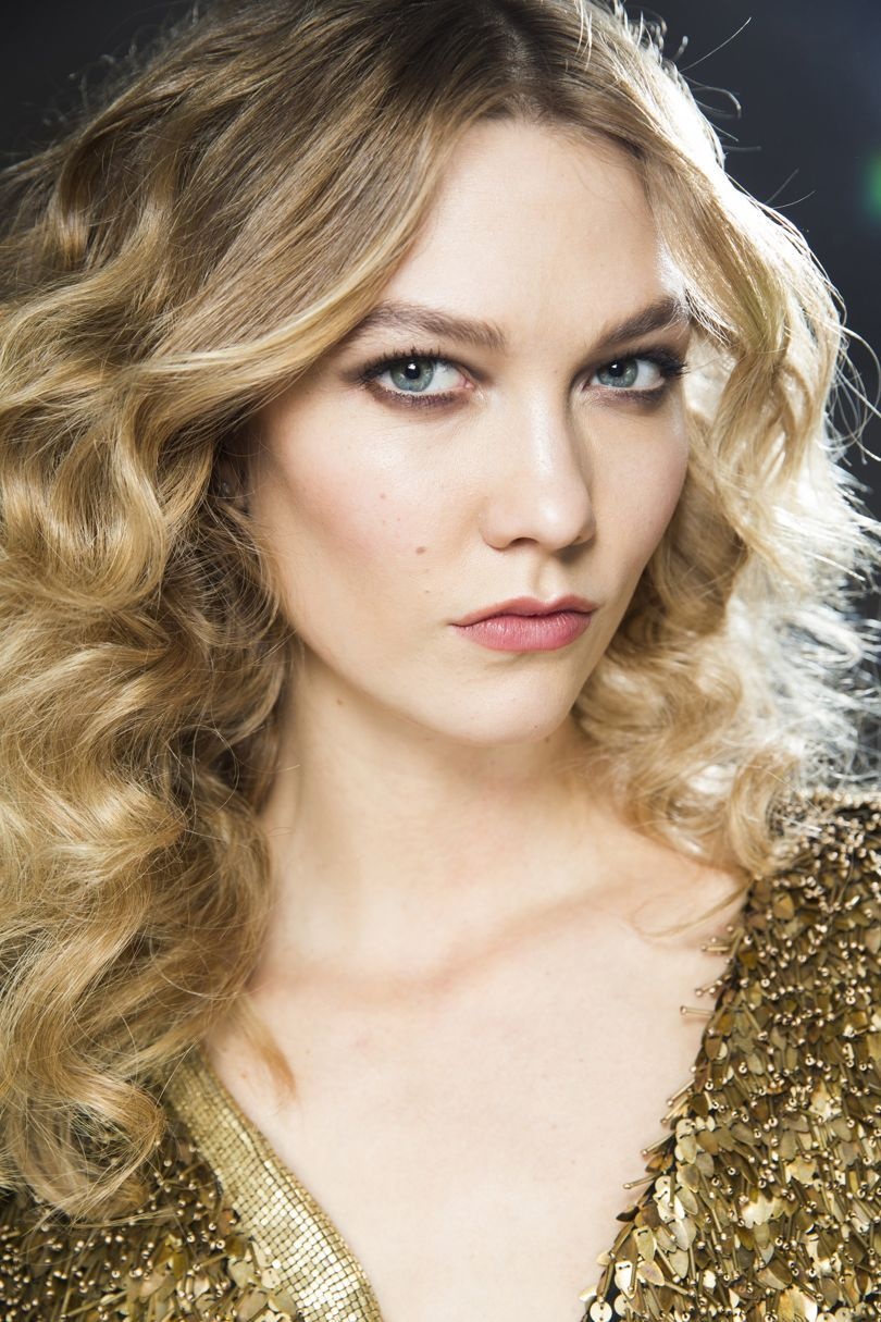 dazzling winter hairstyle ideas for women winter hairstyles