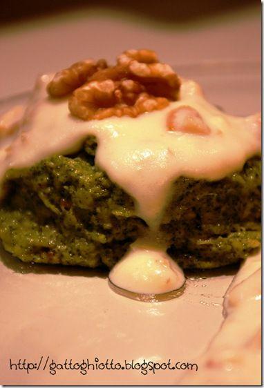 Sformatini di broccoletti in salsa di noci.. Looks good
