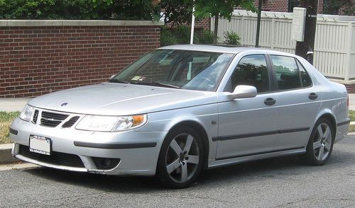 saab 9 3 9 5 owners manual for the 2000 2004 models download rh pinterest com Saab 9-5 Estate Vacuum Routing 2004 saab 9-5 owner's manual pdf