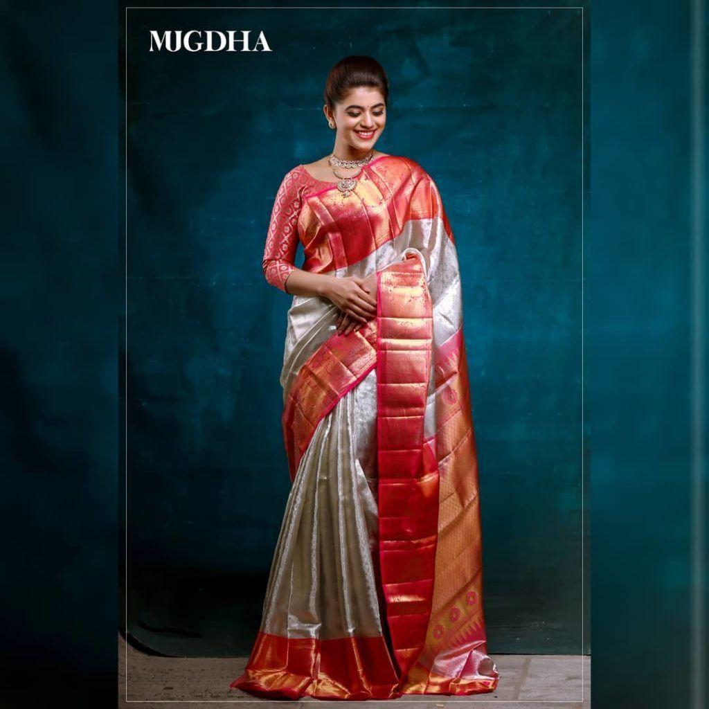 Photo of The Best Place To Shop Beautiful Bridal Sarees!