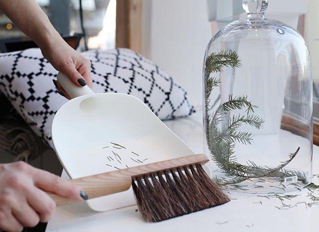 Cleaning up after Christmas  #cleaning #siivous #siivouspäivä #menu #menudesign #danishdesign #sweeper #sweeper&funnel #scandinaviandesign #scandinavianhome #skandinaviskehjem #skandinaviskdesign #housedoctor #1kertaa2 #tyynynpäällinen #cushioncover #blackandwhite #mustavalkoinen #sisustus #sisustusinspiraatio #MIAdesignshop #miadesign #pakkahuoneenkatu19 #sisustuskauppa #sisustusliike #inredning #inredningsdetaljer #heminredning #städa