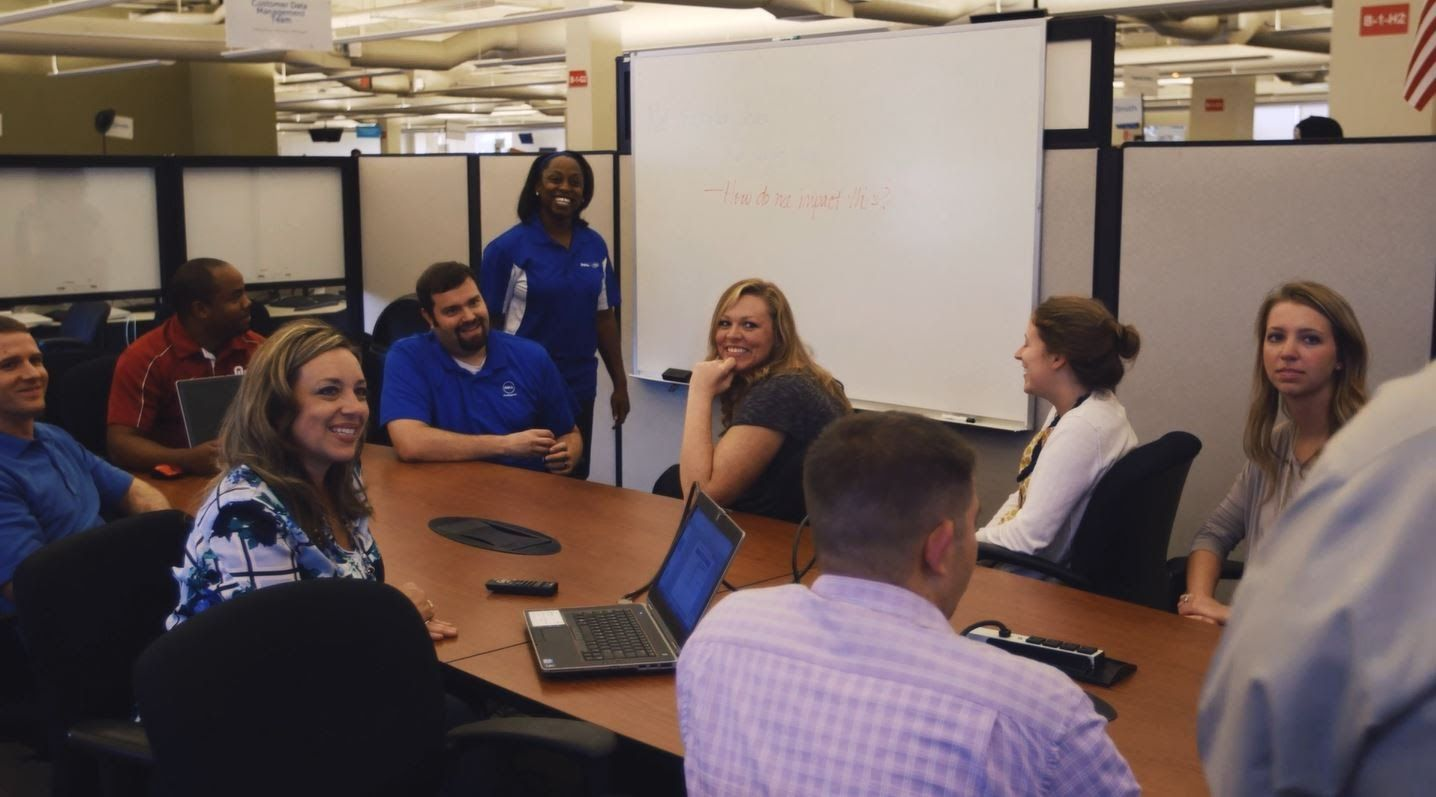 Start Here Advance Your Career These Team Members Began As College Grads At Dell They Talk About Developing Their T Work Culture Business Career Team Member