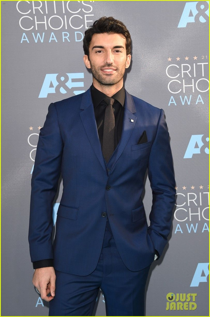 Justin Baldoni at the Critics' Choice Awards 2016 | Justin ...  Justin Baldoni ...