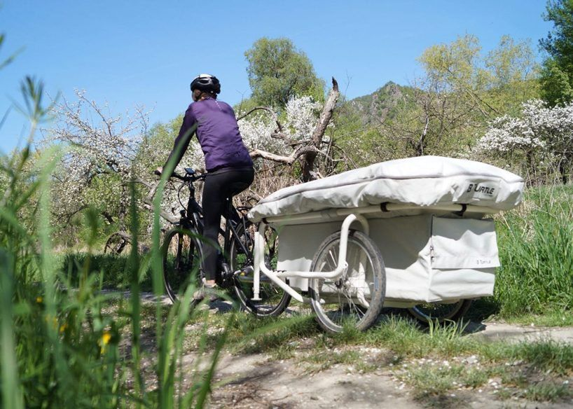 The B Turtle Inflatable Camper Lets Cyclists Pitch Up Anywhere And