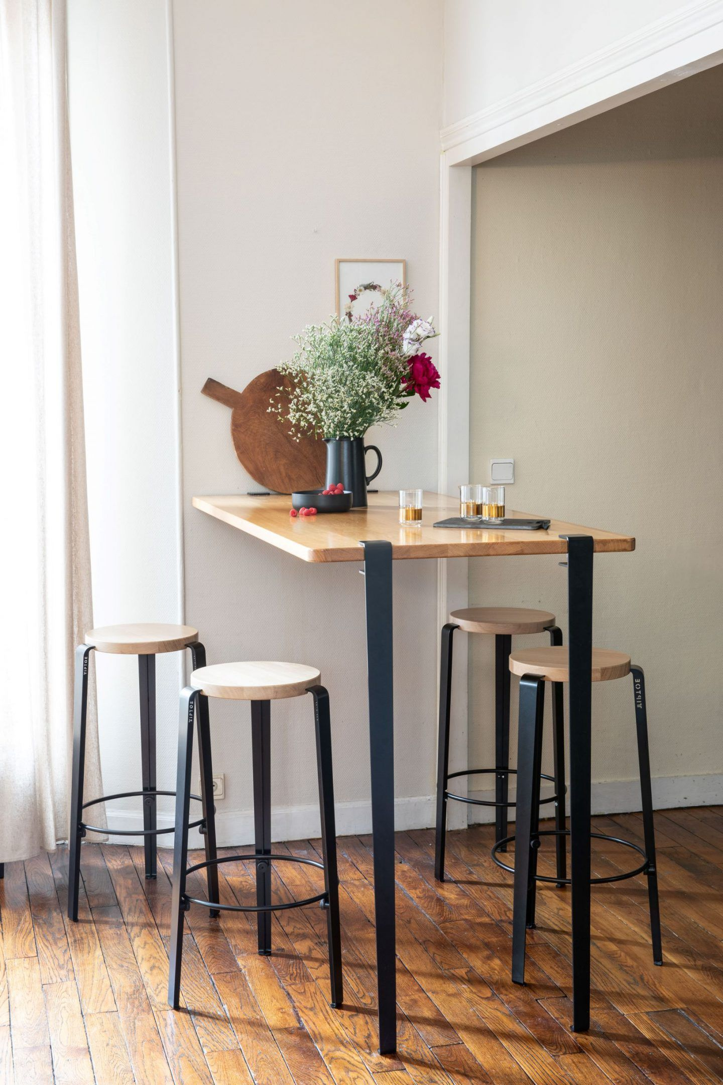 Pied Pour Table Bar Et Mange Debout Tiptoe Serre Joint Couleurs In 2020 Kitchen Bar Table High Bar Table Bar Table #small #bars #for #living #room