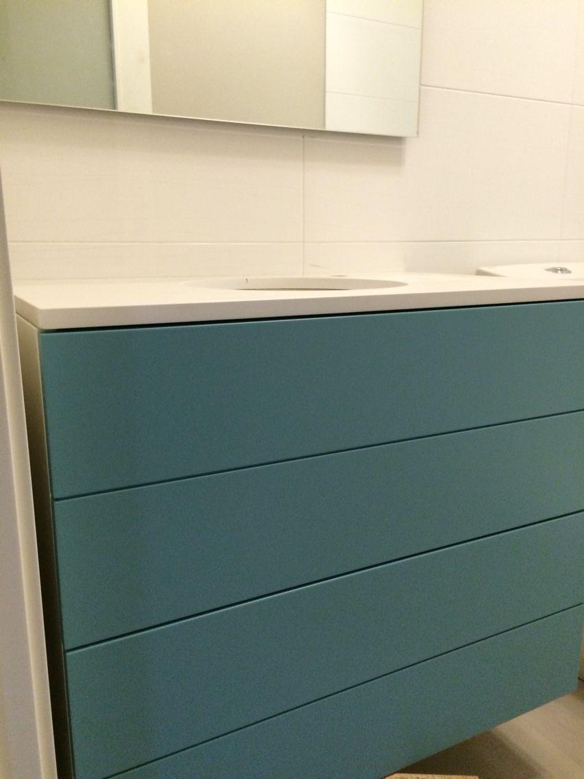 Mueble lacado en verde agua y blanco | COMODAS | Pinterest | Agua ...
