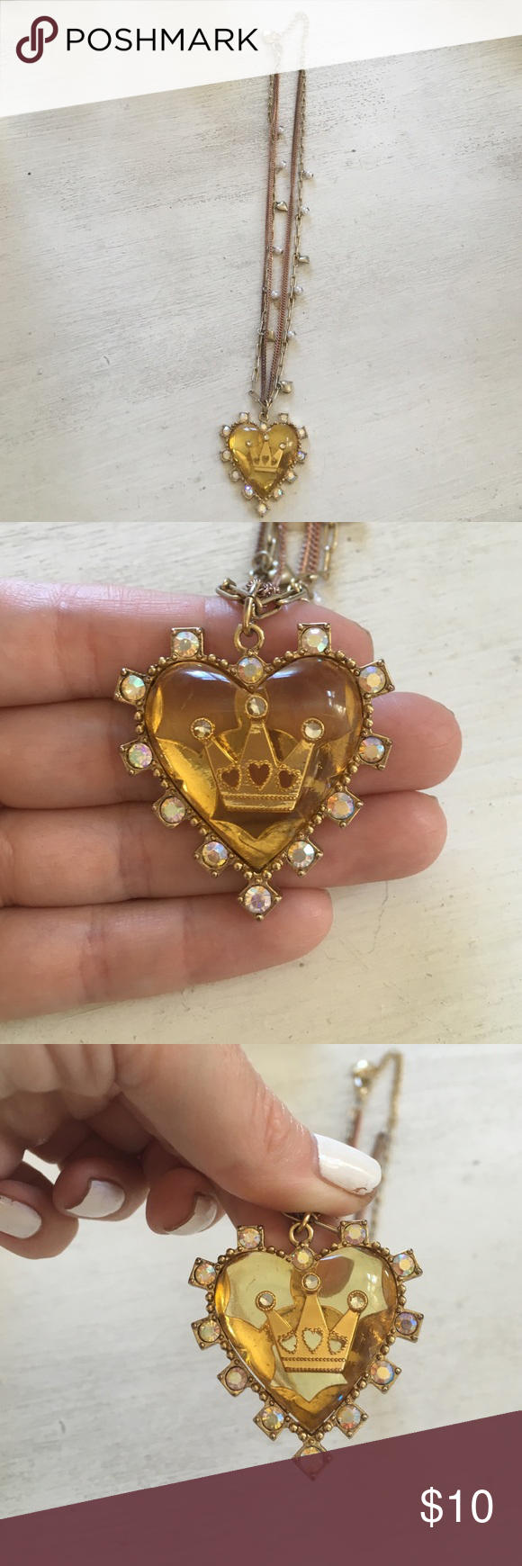 Betsey Johnson crown and heart necklace Excellent condition! Betsey Johnson Jewelry Necklaces