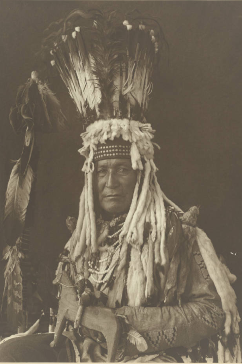 Mountain Chief - Omaq-Kat-Tsa - Siksika man