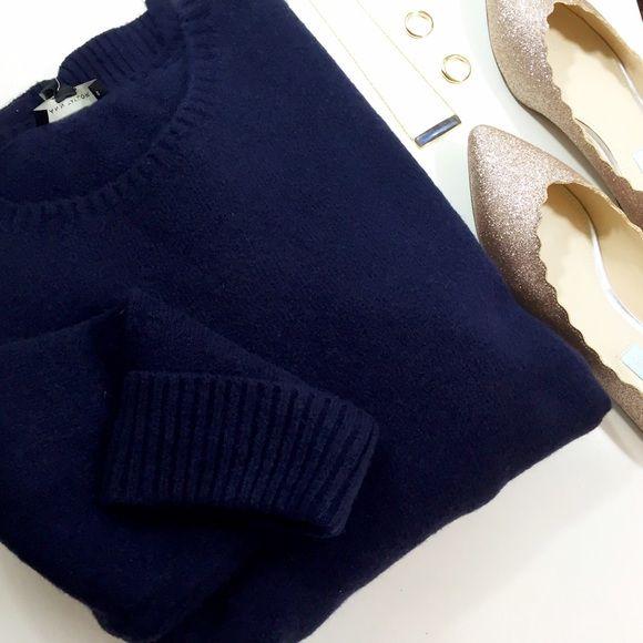 Navy Sweater Tunic Details: • Size XL • Crewneck • 3/4