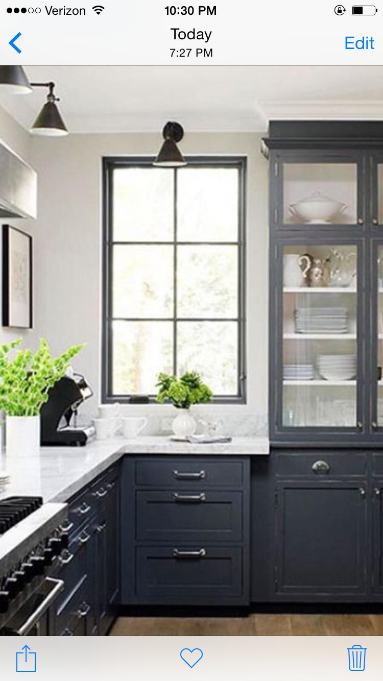 b484c25a0c68 Suzie  James R. Salomon Photography - Jeanne Rapone - Blue kitchen design  with glossy blue .