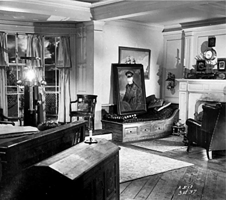 Gull Cottage In The Movie The Ghost And Mrs Muir Muir Seaside House House Elements