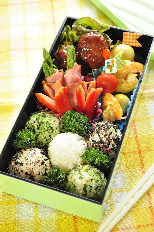 息子スイミング弁当 遠足弁当 パパの弁当 家族へ 健康弁当 ヘルシーランチ 食べ物のアイデア レシピ