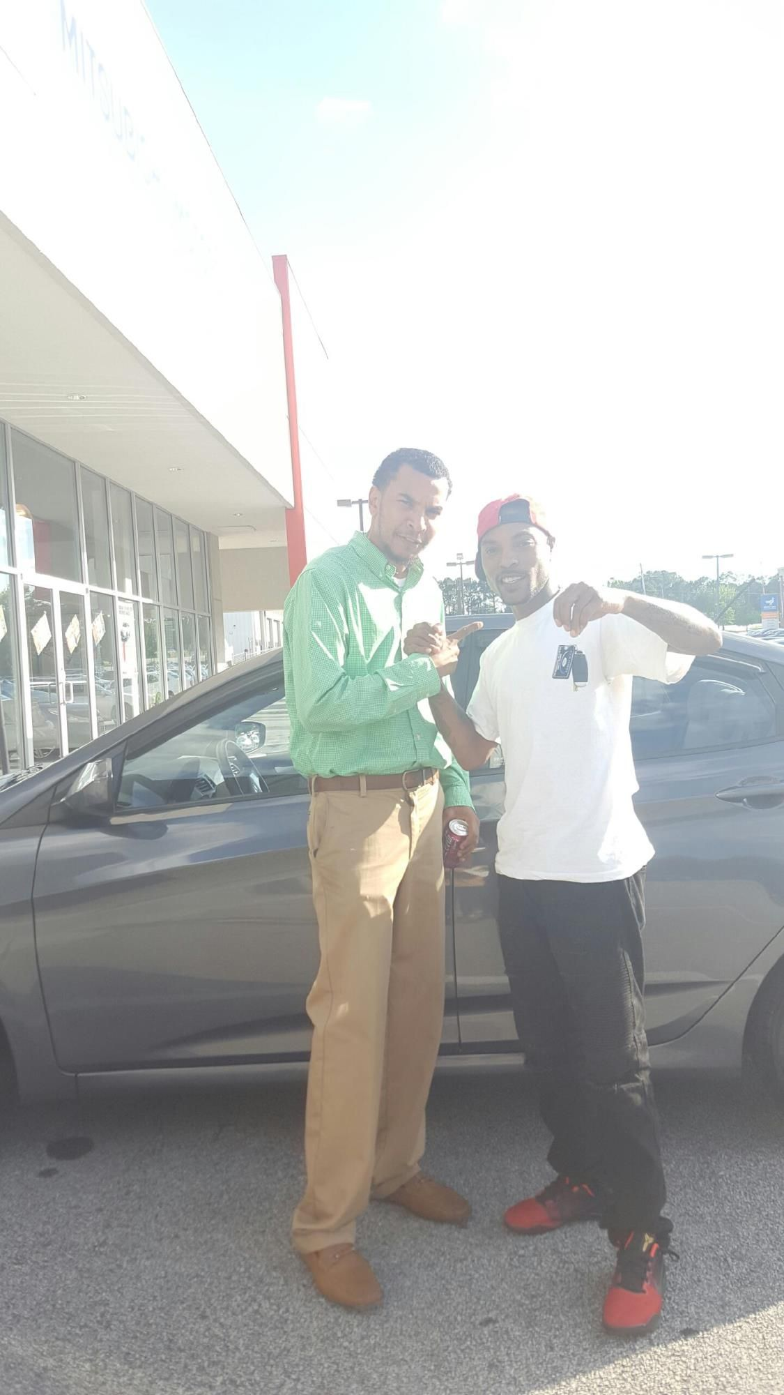 Shawn Smith reviews the 2013 Hyundai Elantra he purchased from