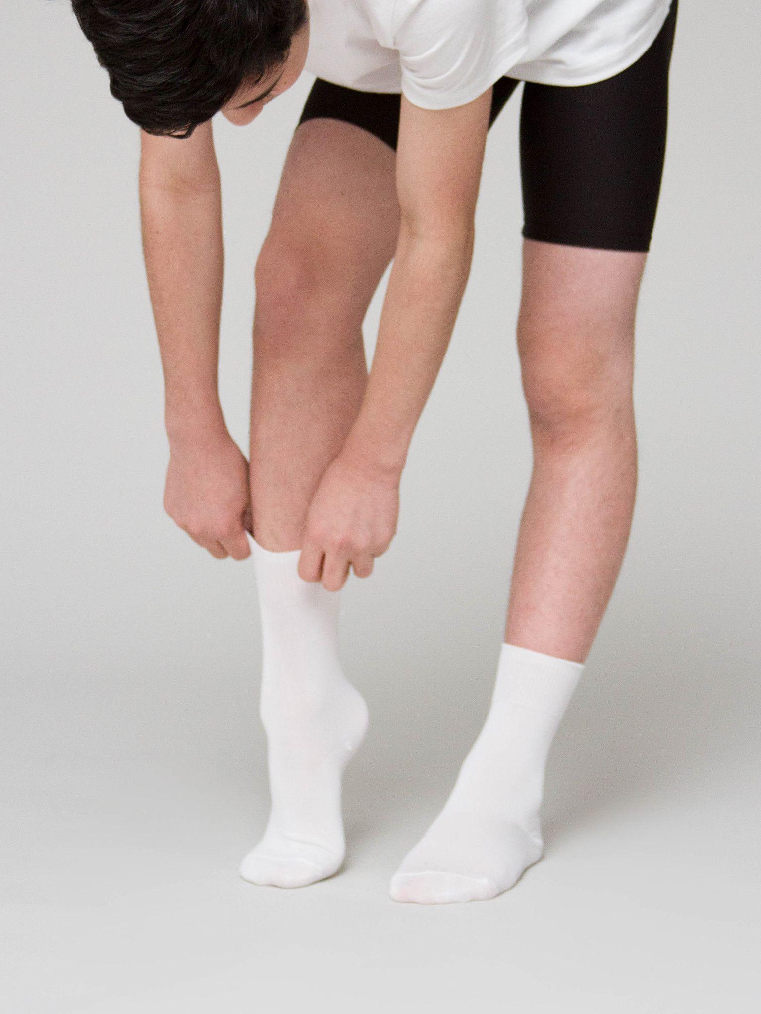 10 Pointe Shoe Hacks For 2016 Ballet boys, Male ballet