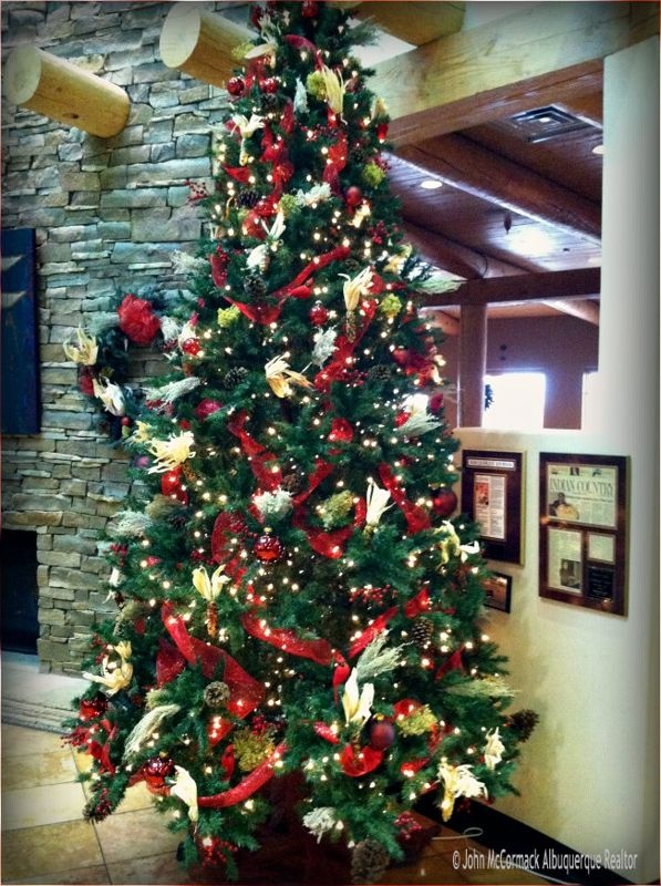 Southwest Christmas Tree Albuquerque Indian Pueblo Cultural Center Christmas Decor Diy Christmas Tree Country Christmas